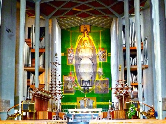 Coventry Choir, Altar, Organ and Tapestry