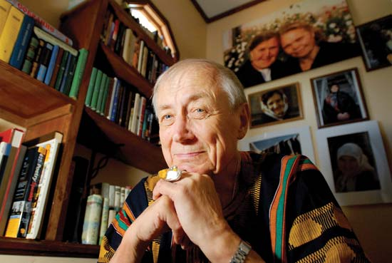 Yevgeny Yevtushenko in Tulsa. Internation by inner nature